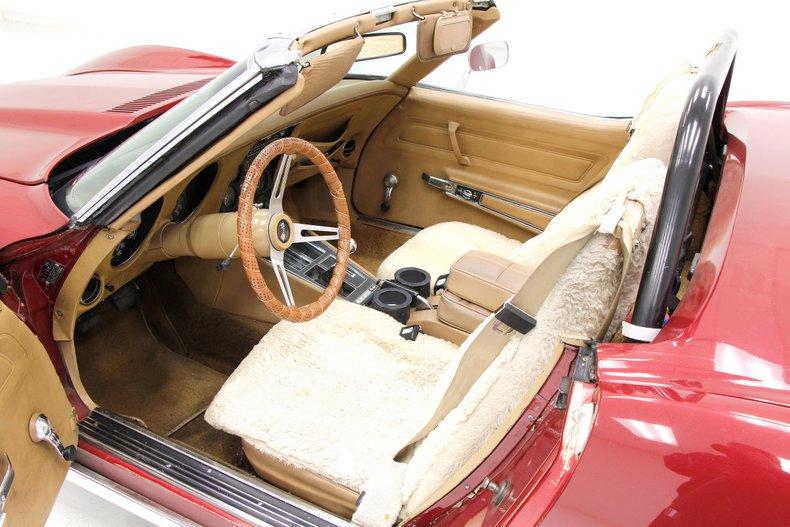 1975 Chevrolet Corvette Convertible 19
