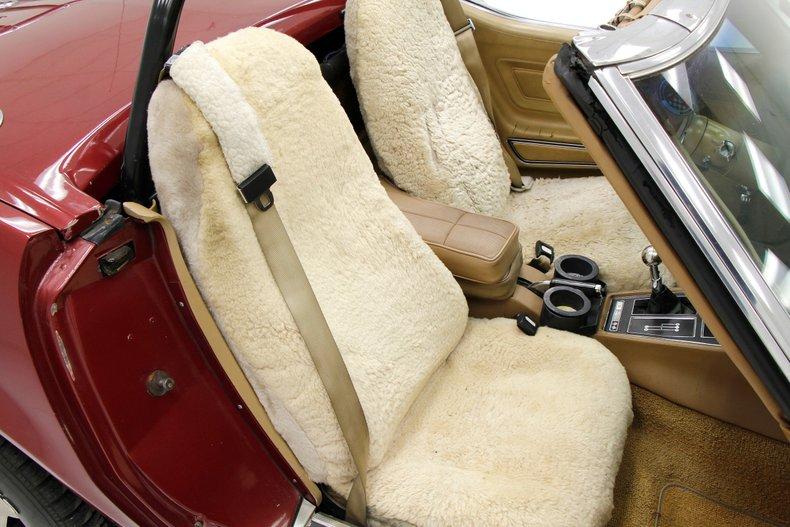 1975 Chevrolet Corvette Convertible 22