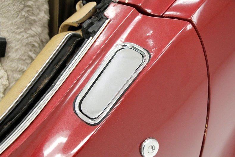 1975 Chevrolet Corvette Convertible 14