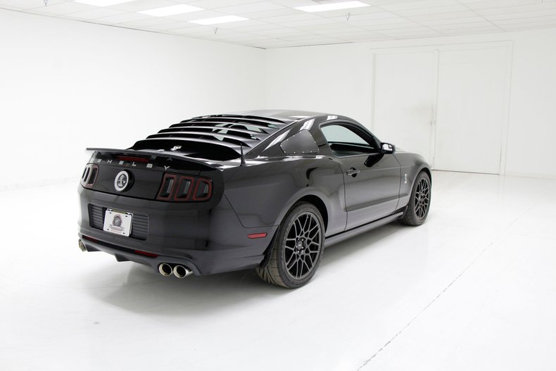 2013 Ford Shelby GT500 5