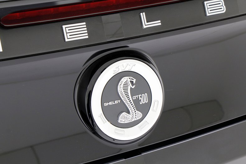 2013 Ford Shelby GT500 12