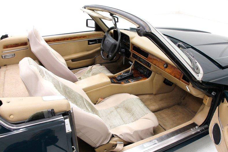 1993 Jaguar XJS Convertible 20
