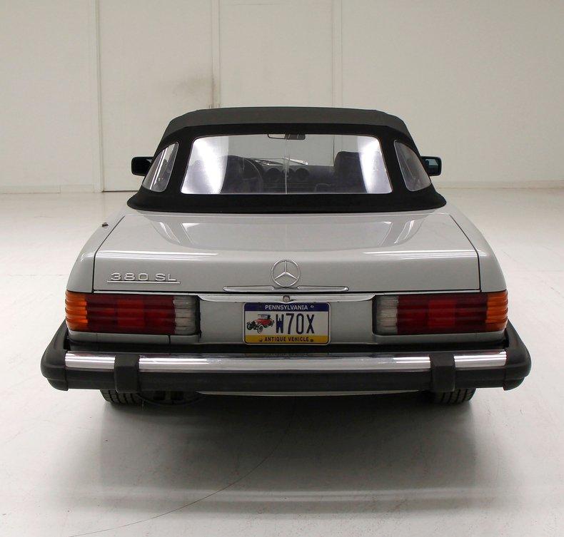 1984 Mercedes-Benz 380 SL Convertible 4