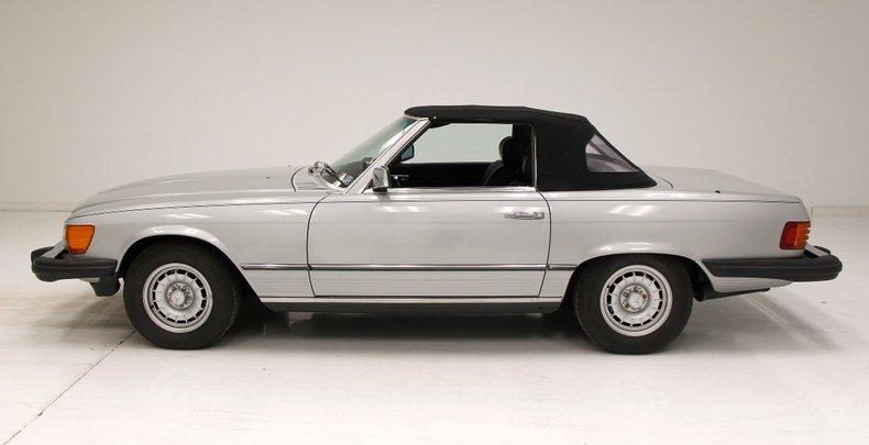 1984 Mercedes-Benz 380 SL Convertible 2