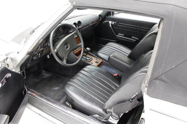 1984 Mercedes-Benz 380 SL Convertible 21