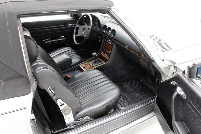 1984 Mercedes-Benz 380 SL Convertible 23