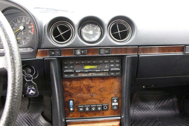 1984 Mercedes-Benz 380 SL Convertible 27
