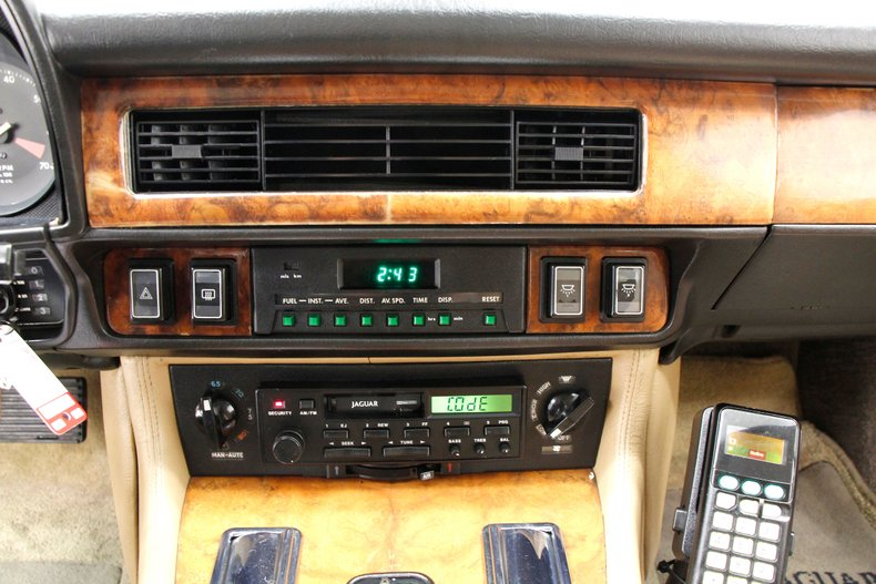 1989 Jaguar XJS V12 27