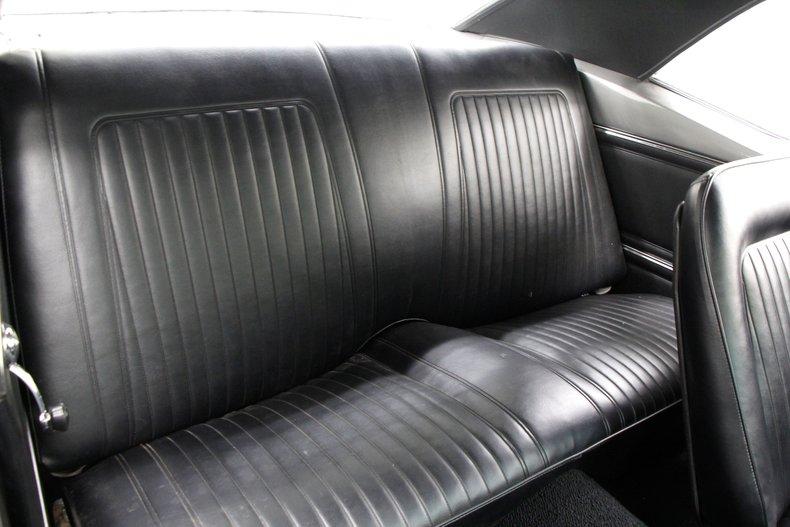 1967 Chevrolet Camaro RS 32