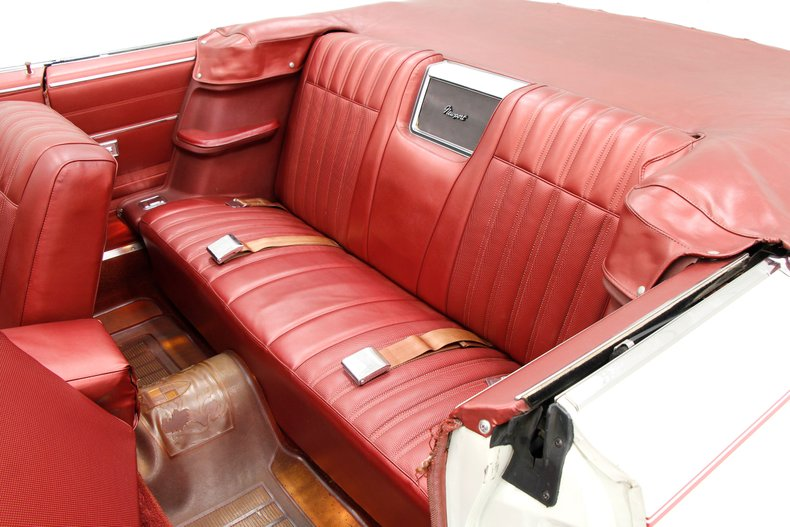 1967 Chrysler Newport Convertible 27