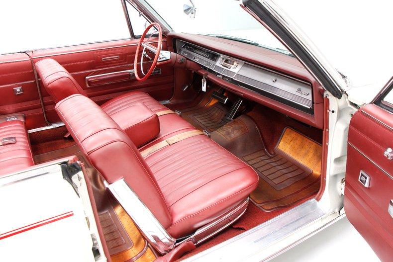 1967 Chrysler Newport Convertible 28