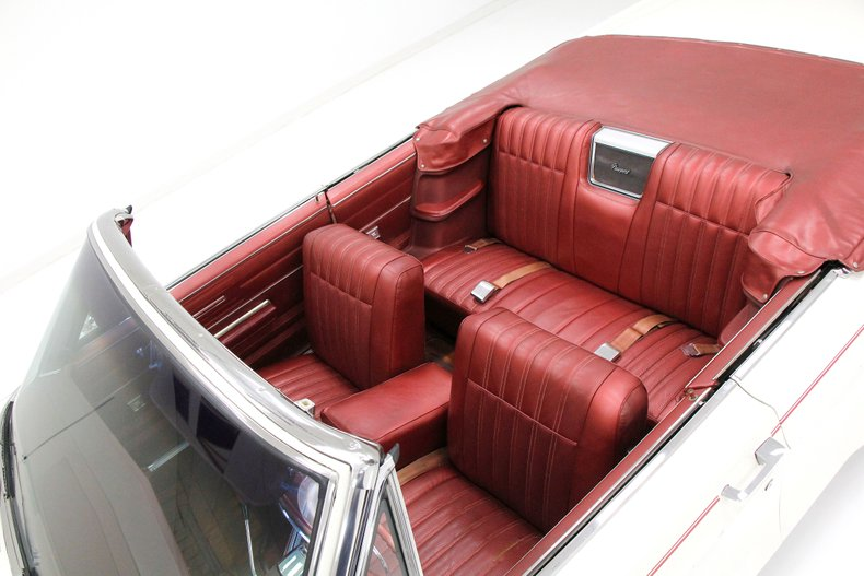 1967 Chrysler Newport Convertible 31