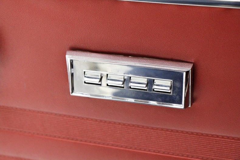 1967 Chrysler Newport Convertible 24