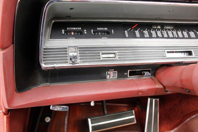 1967 Chrysler Newport Convertible 36