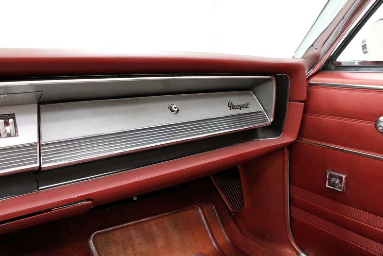 1967 Chrysler Newport Convertible 38