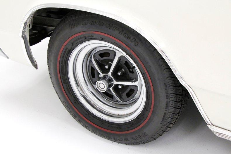1967 Chrysler Newport Convertible 11