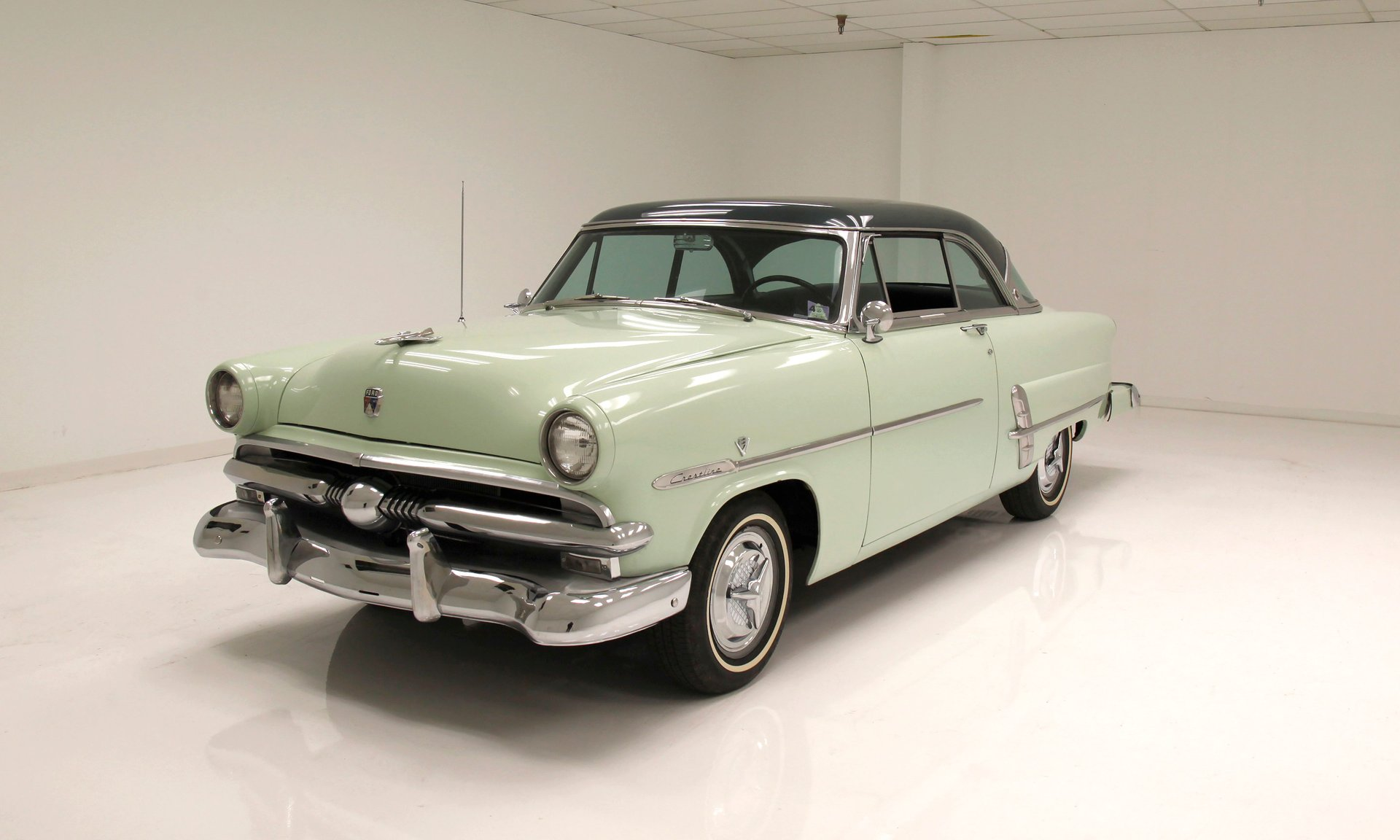 1953 Ford Victoria Hardtop