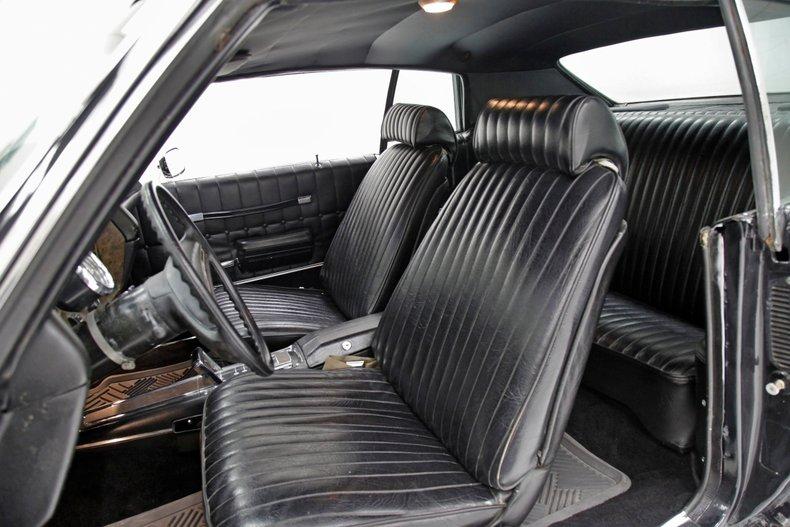 1971 Chevrolet Monte Carlo 32