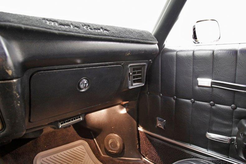 1971 Chevrolet Monte Carlo 36
