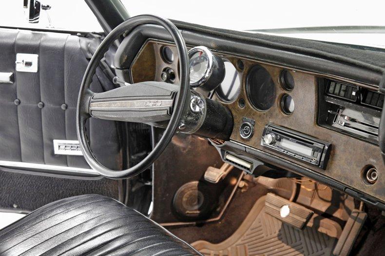 1971 Chevrolet Monte Carlo 38