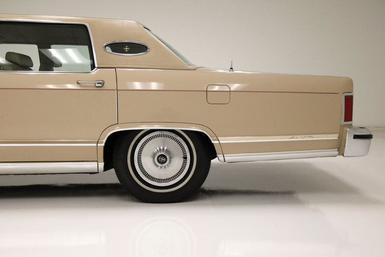 1978 Lincoln Continental Town Car 20