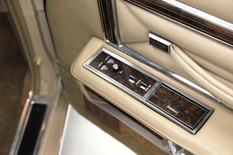 1978 Lincoln Continental Town Car 27