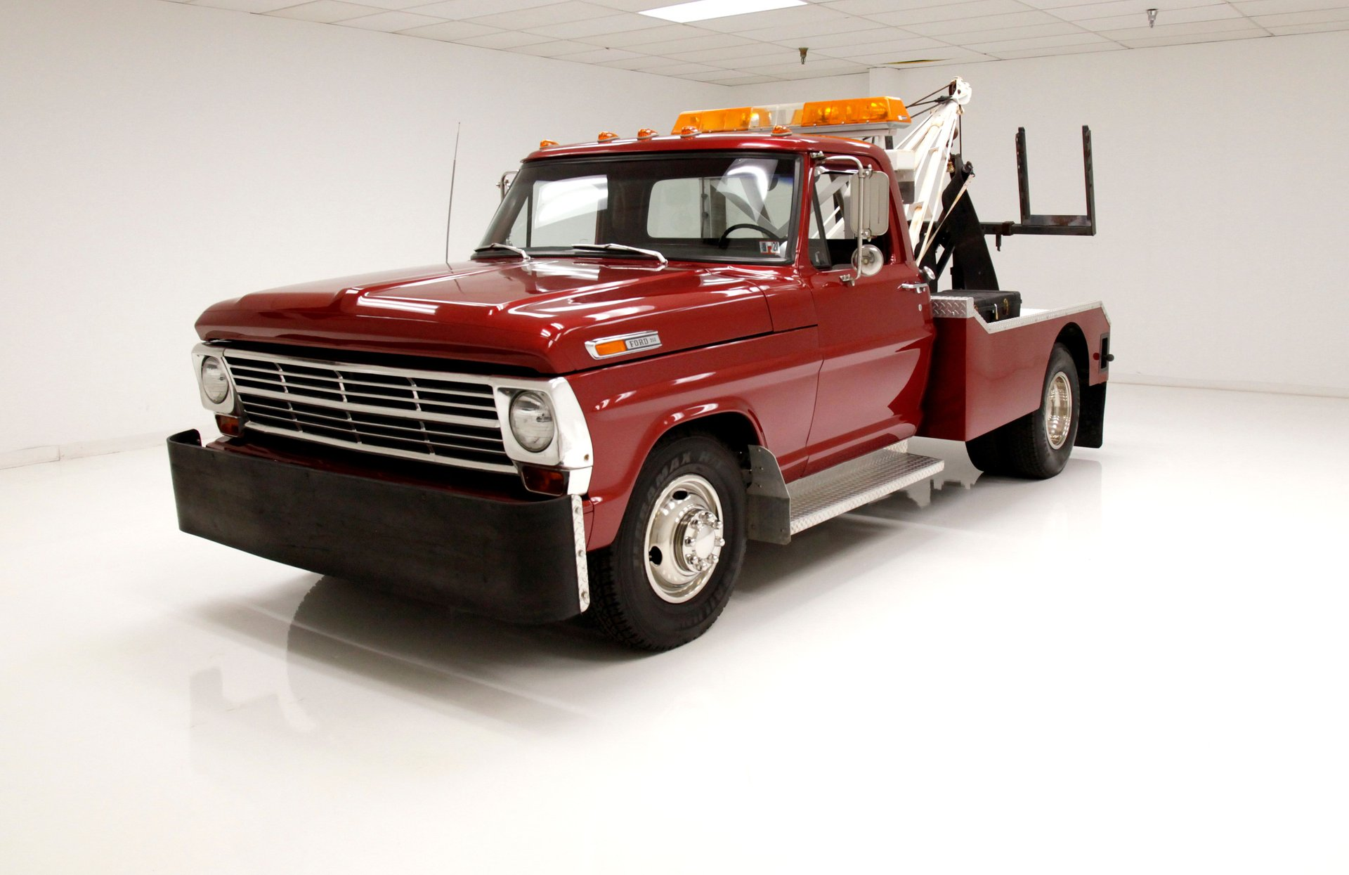 1969 Ford F350 Tow Truck
