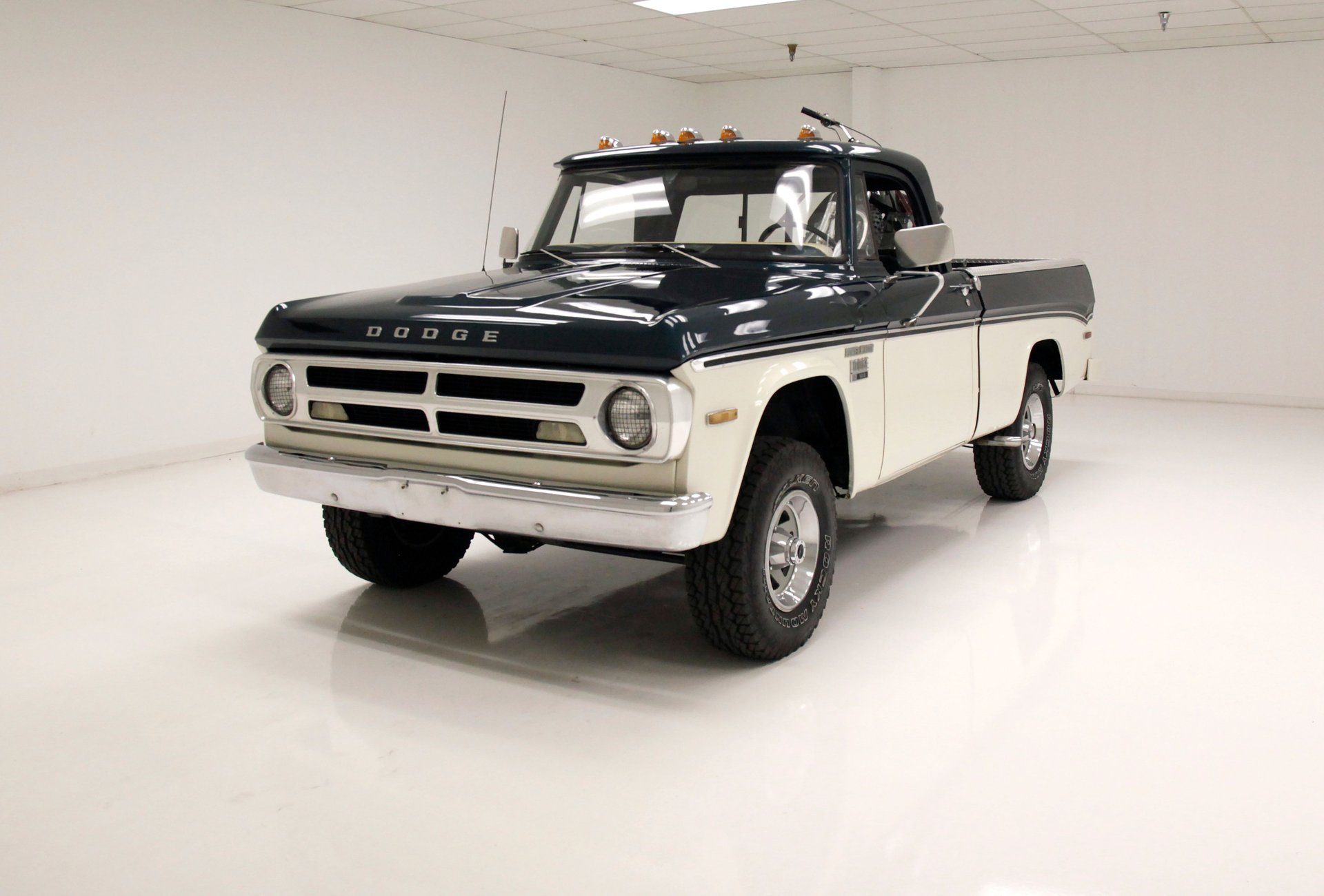 1971 Dodge Power Wagon 100