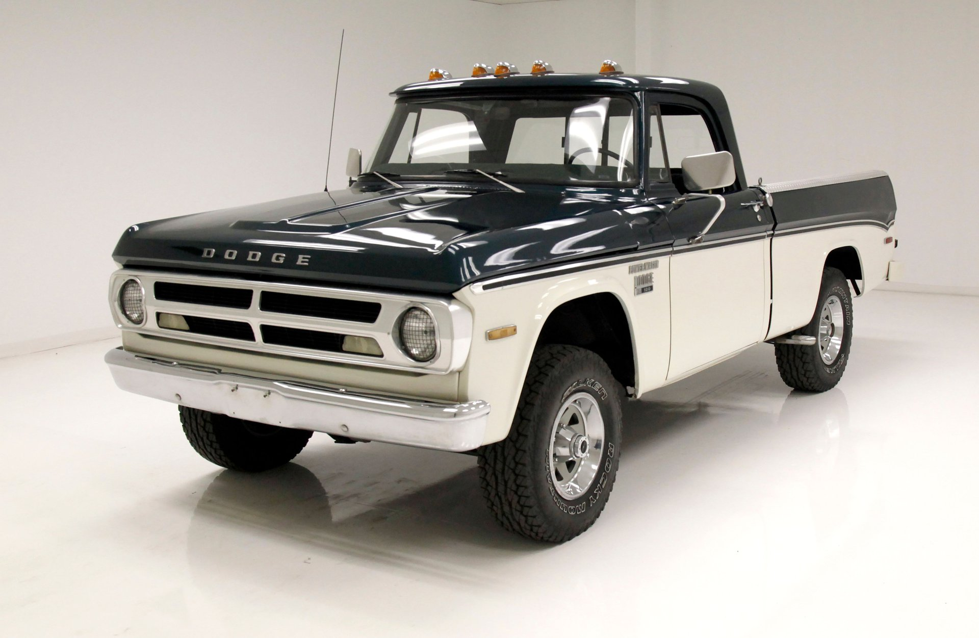 1971 Dodge Power Wagon 100