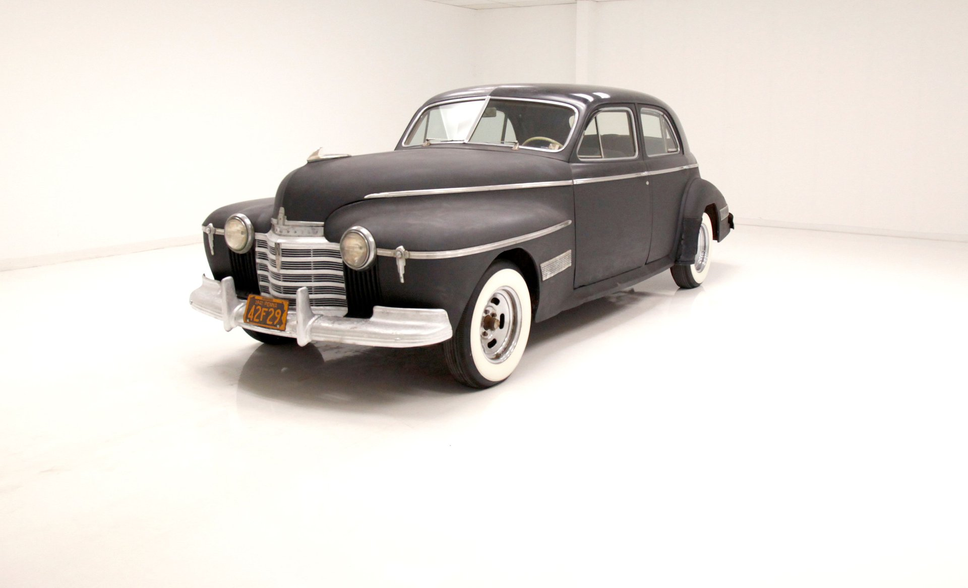 1941 Oldsmobile Custom Cruiser Sedan