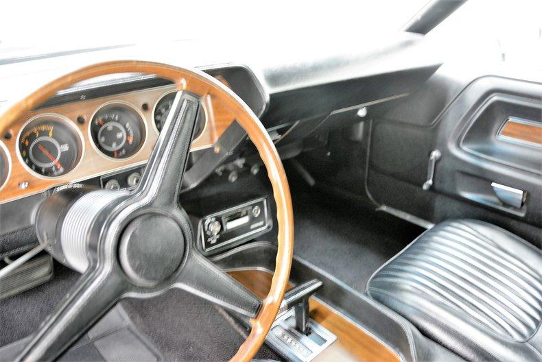 1971 Dodge Challenger 32