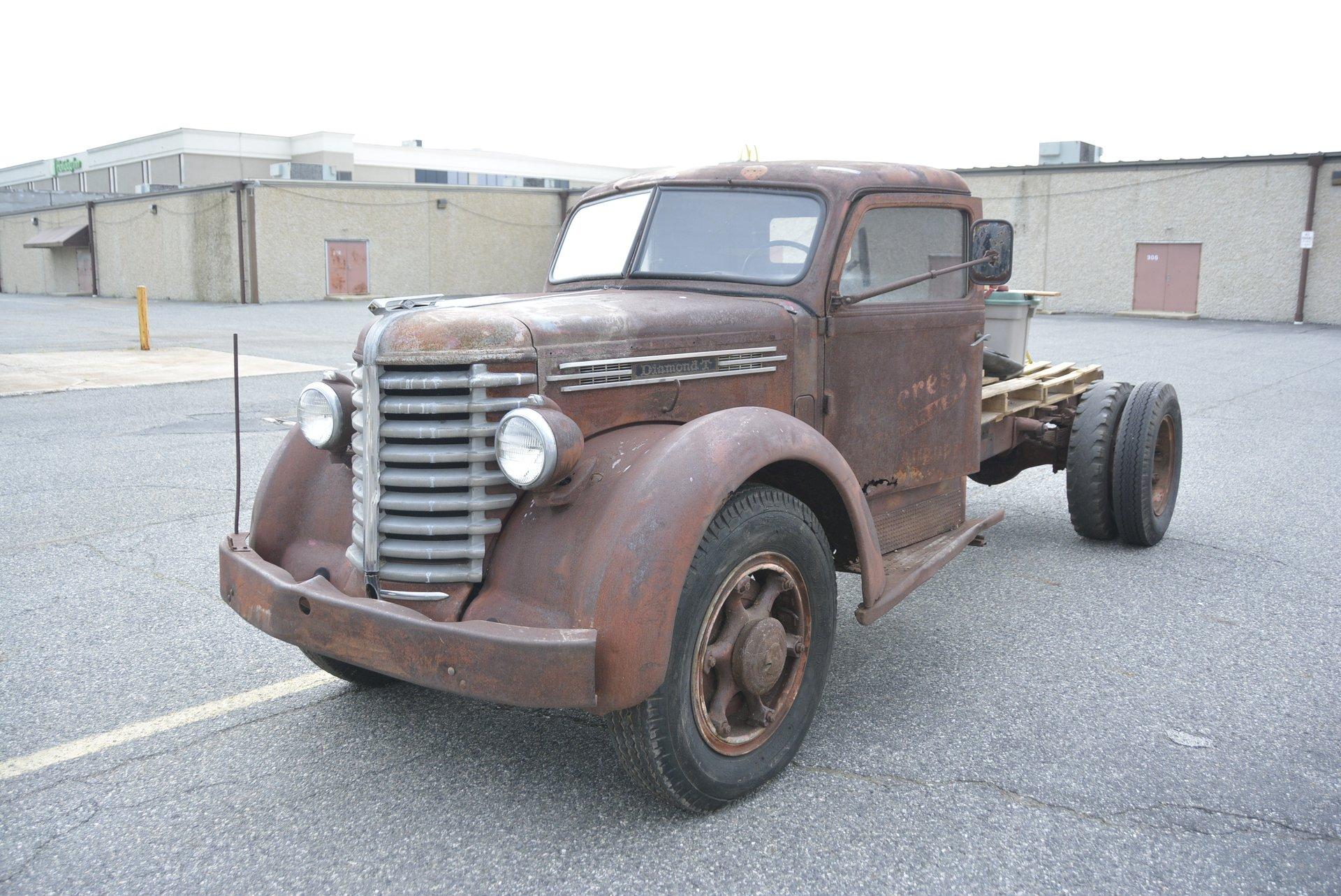 1948 Diamond T Truck | Classic Auto Mall