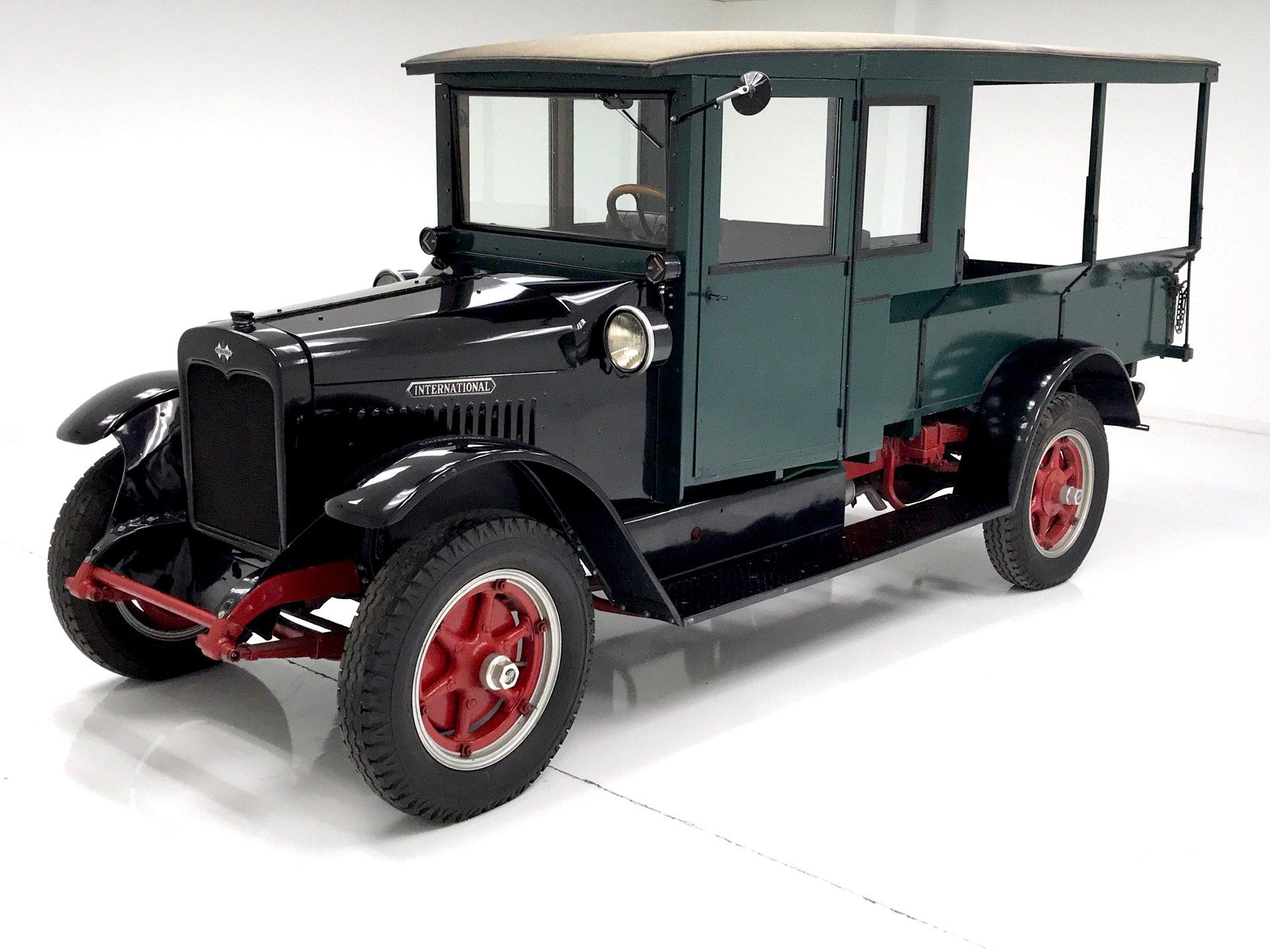 1923 International Huckster
