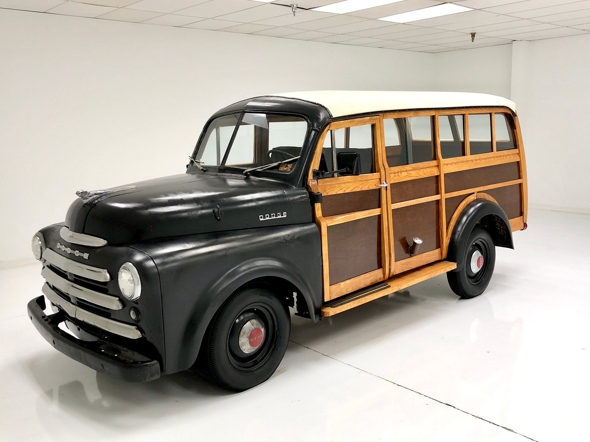 1949 Dodge B1B Woody Wagon