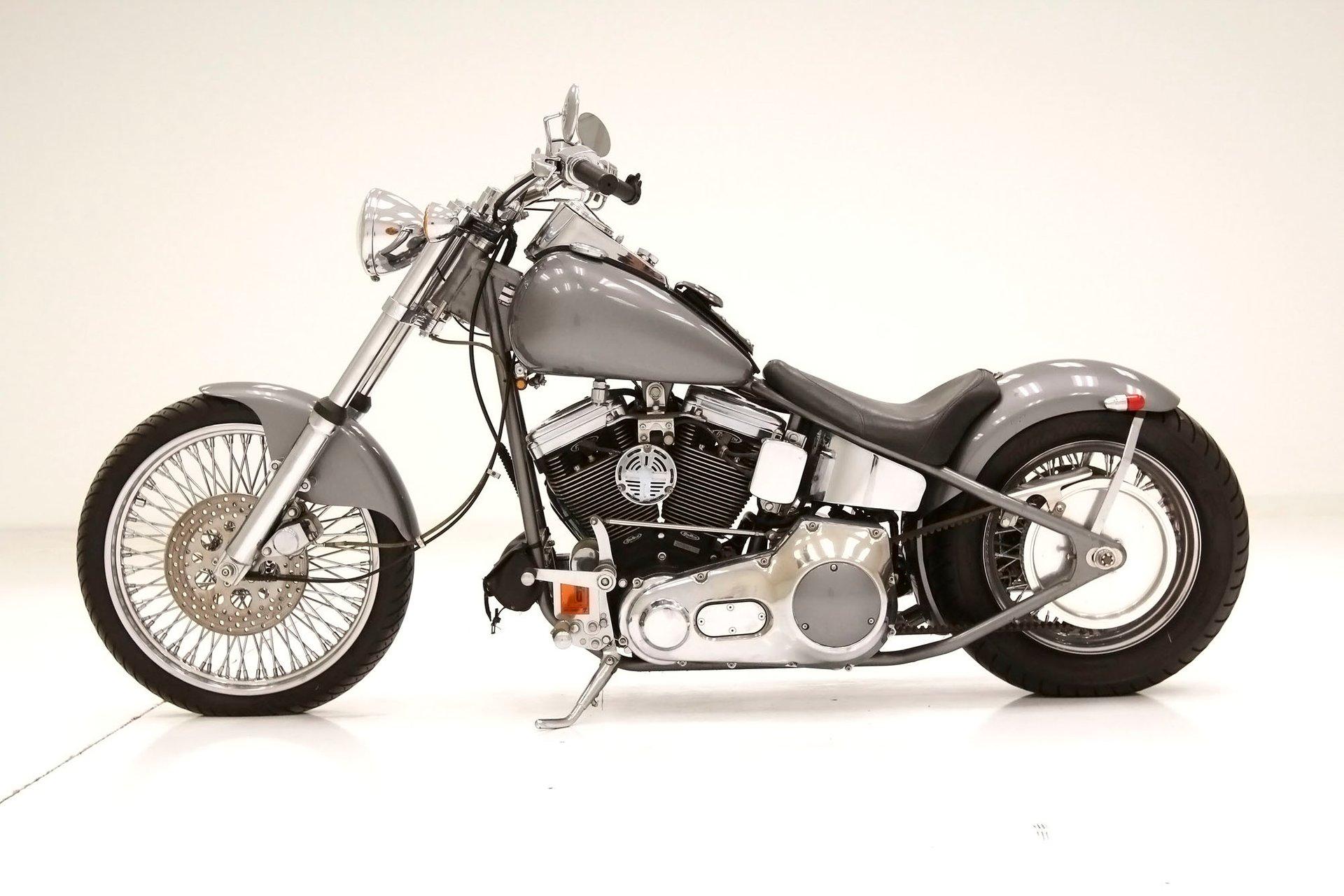 2002 Harley-Davidson Deluxe