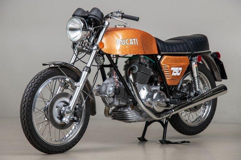 1972 Ducati 750GT _6080