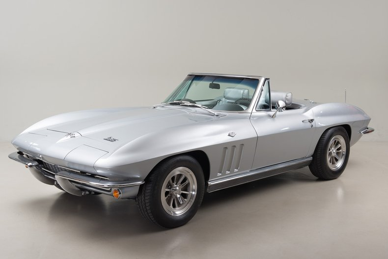1966 Chevrolet Corvette Sting Ray 327 Roadster_5042