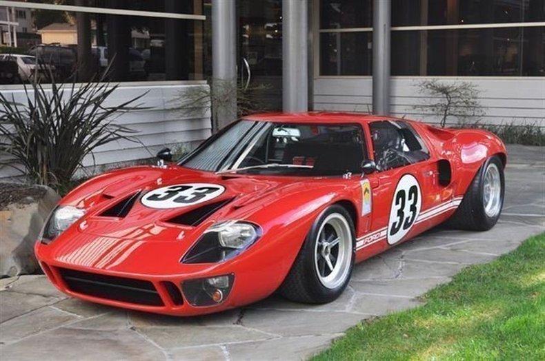 1966 Ford GT40 Red_4157V