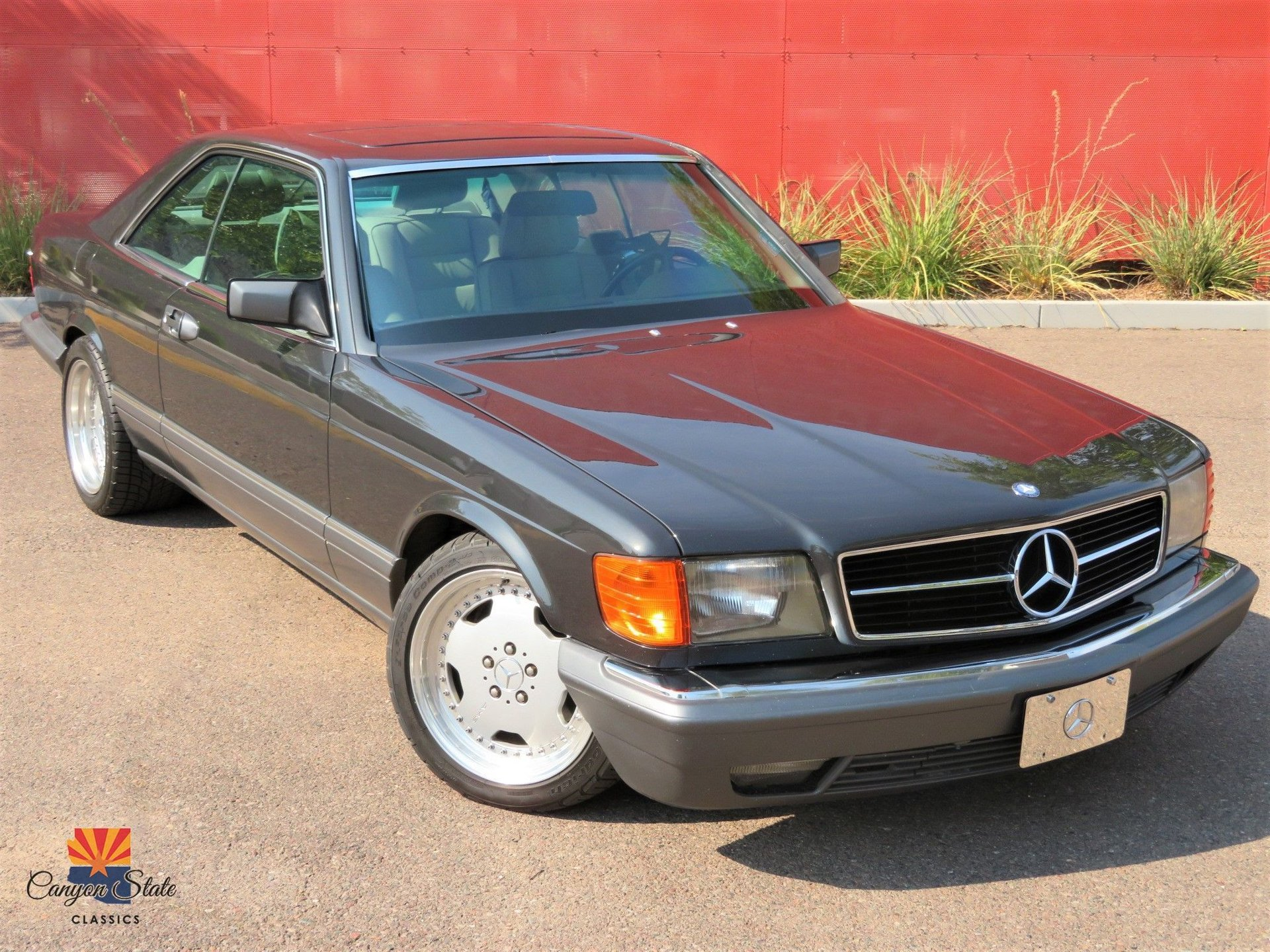 1991 Mercedes-Benz 560 Series