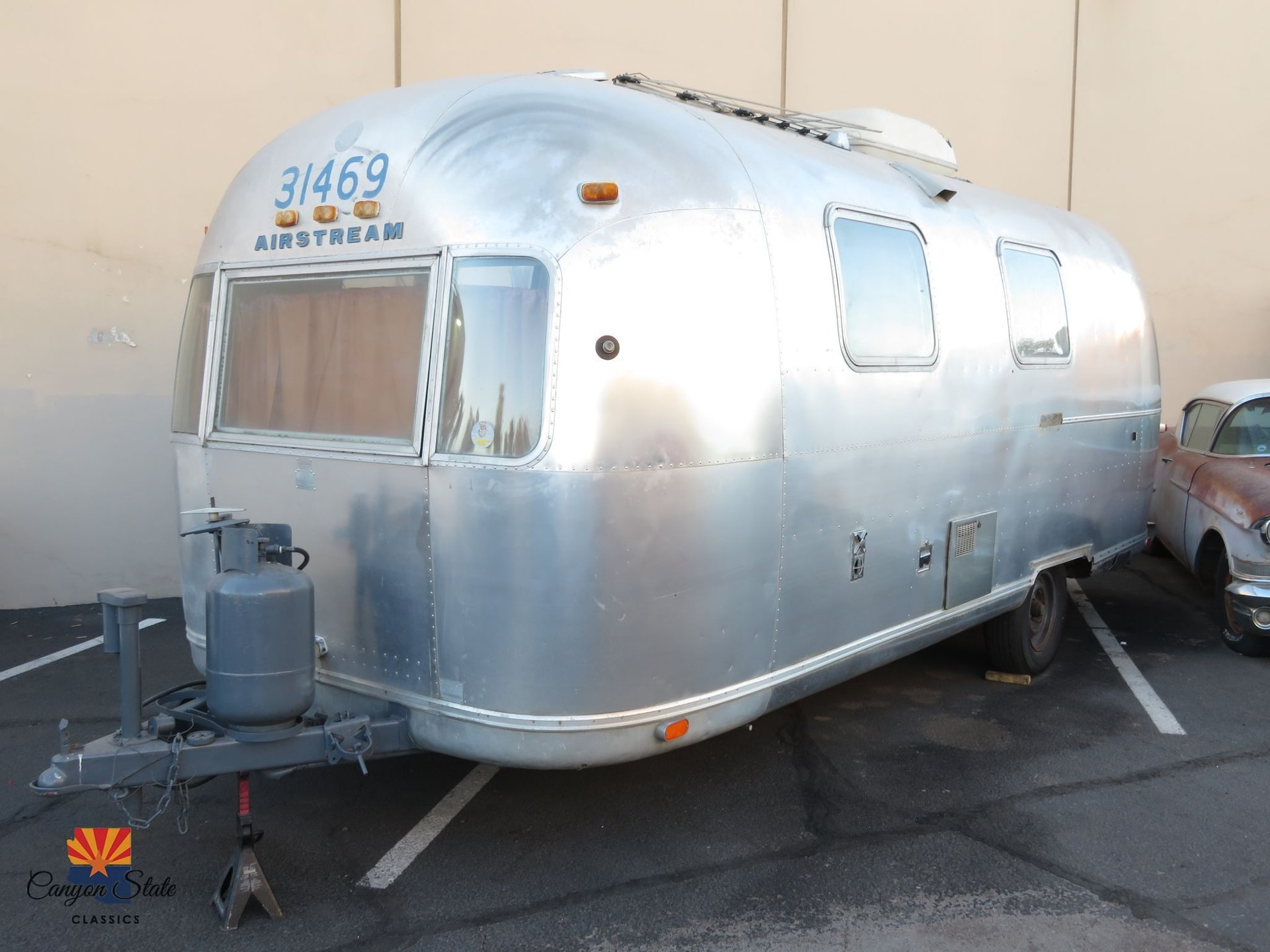 1973 Airstream Land Yacht
