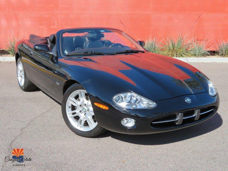 2002 Jaguar XK8 2dr Conv XK8