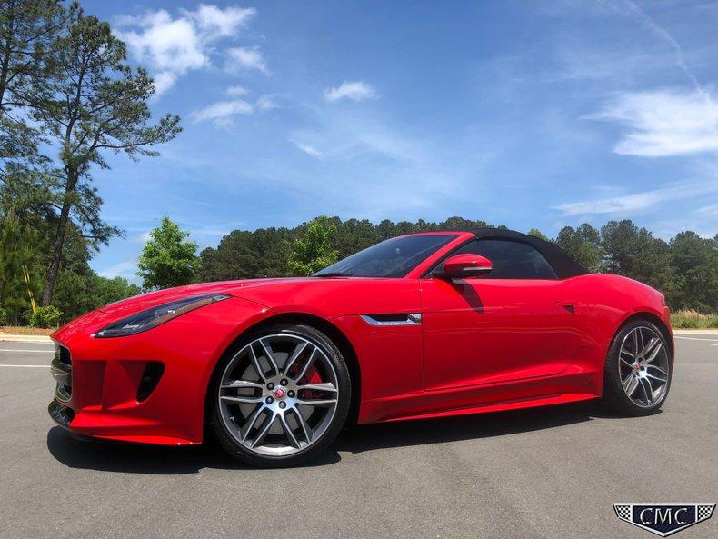 2017 Jaguar F- Type R