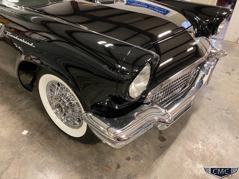1957 Ford Thunderbird 39
