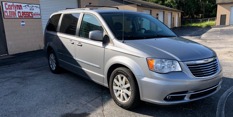 2015 Chrysler Town and Country For Sale