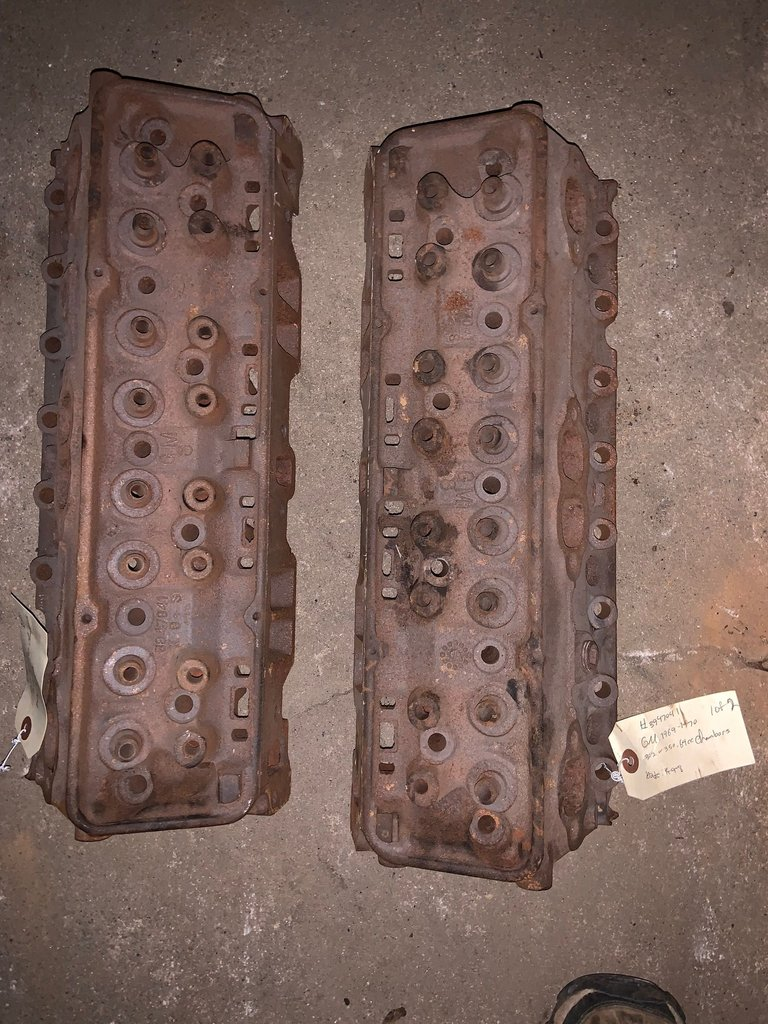 1969-70 302 or 350, 64cc chambers cylinder heads