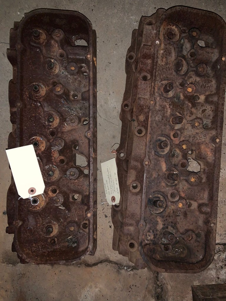 1967-68 oval port, closed chambers, 396, 427, 101cc chambers cylinder heads