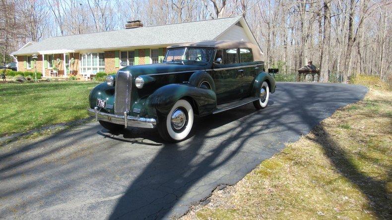 1937 Cadillac 7529