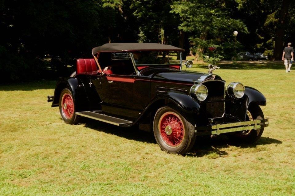 1928 packard 533 runabout