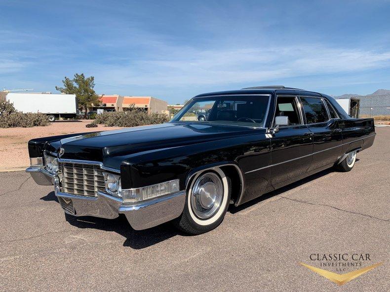 1969 Cadillac Series 75
