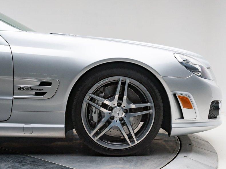 2009 Mercedes-Benz SL63 AMG 9